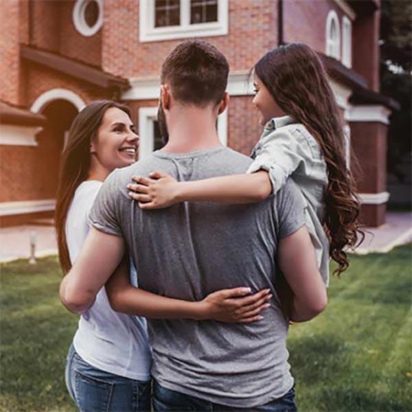Jumbo Loan image of a family